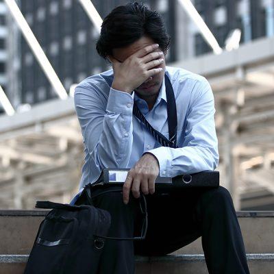 【Dr.スティーブン相談室】仕事にしがみついている?やみくもに成果や評価を追い求めることに疑問を感じてしまいます。